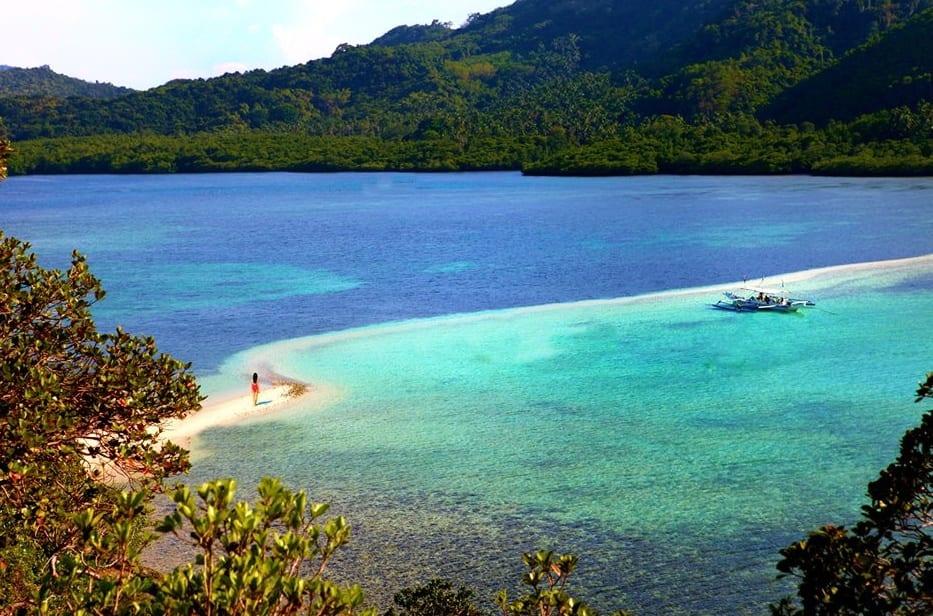 holidayrunway_snakeisland_philippines